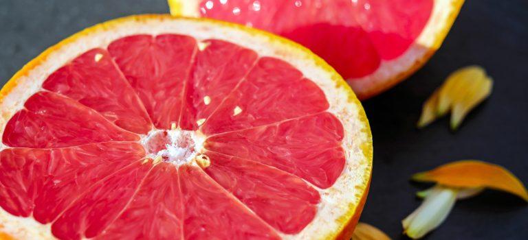 Grapefruit Avocado Salat – Das perfekte Essen nach dem Training