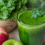 Smoothie Rezept: Detox Smoothie mit Spinat und Basilikum